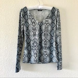 SHEIN Snakeskin Print Long Sleeve Top Size Small